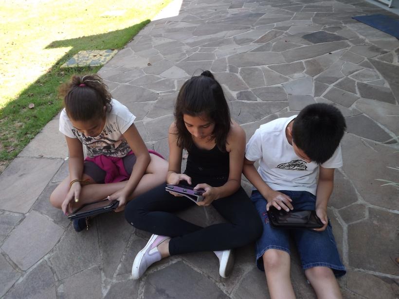 Nicoly, Pâmela e Jonas